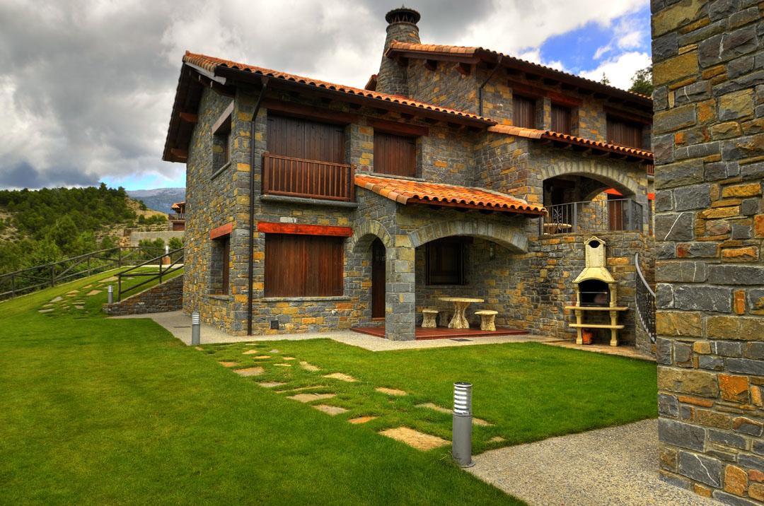 Casa rural edelweis casas ordesa huesca wishrural - Casa rural huesca jacuzzi ...